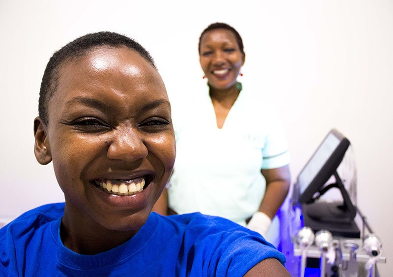Change43 - Блоги о HydraFacial®: Патриция Кихоро (Кения)