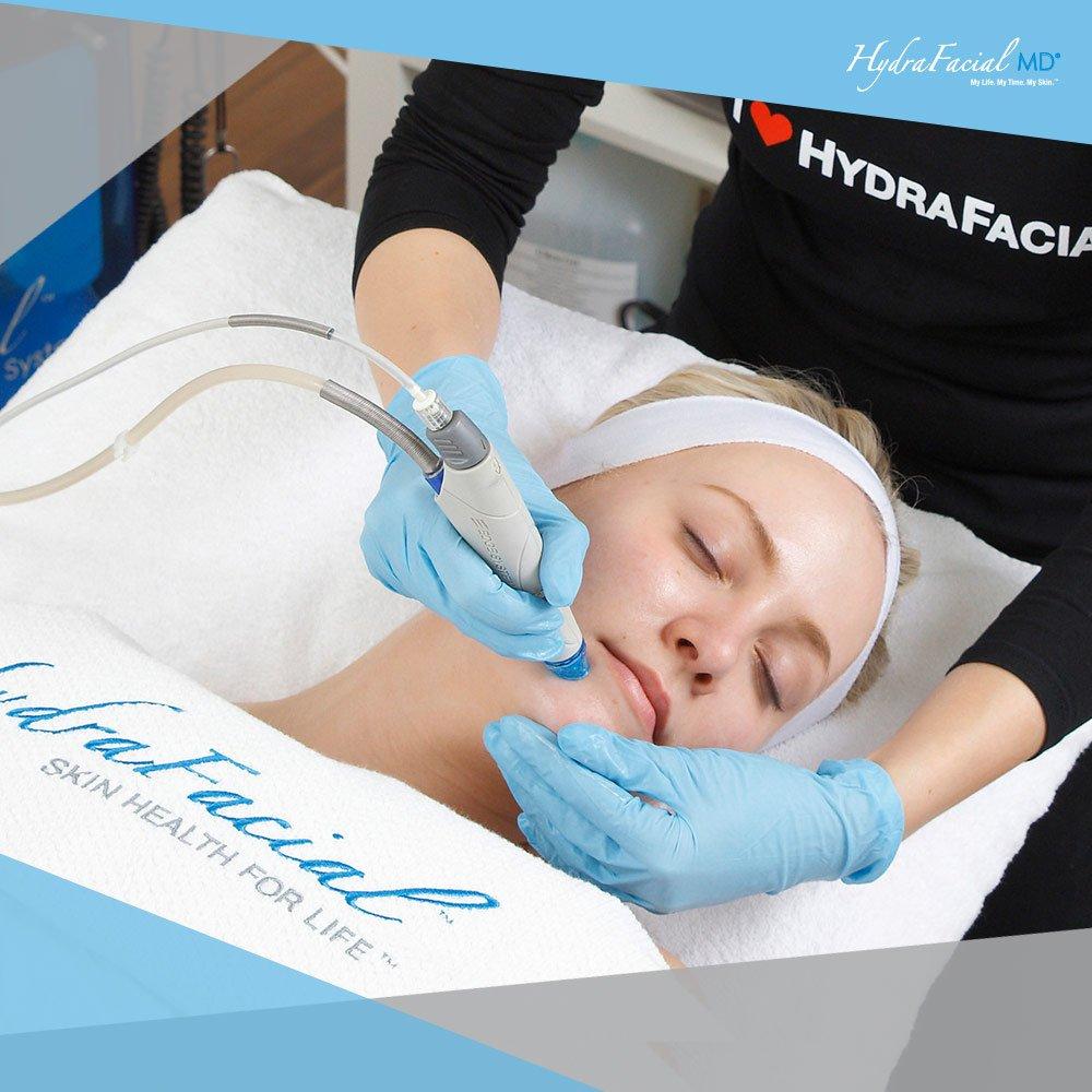 Микродермабразия против HydraFacial MD® - 6:1 в пользу голливудского ухода