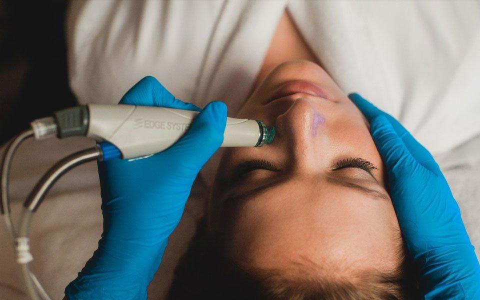 Косметологические кабинеты и аппаратная чистка лица HydraFacial