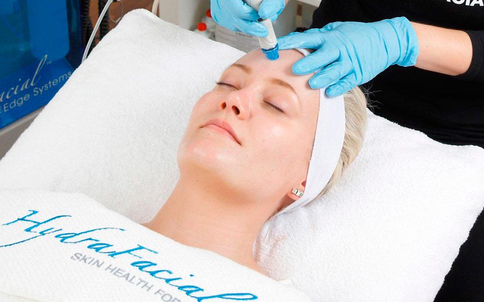 Как быстро подготовить тело и лицо к лету: 5 классных процедур