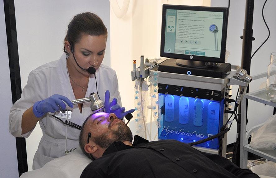 Светотерапия HydraFacial® – завершающий шаг на пути к идеальной коже