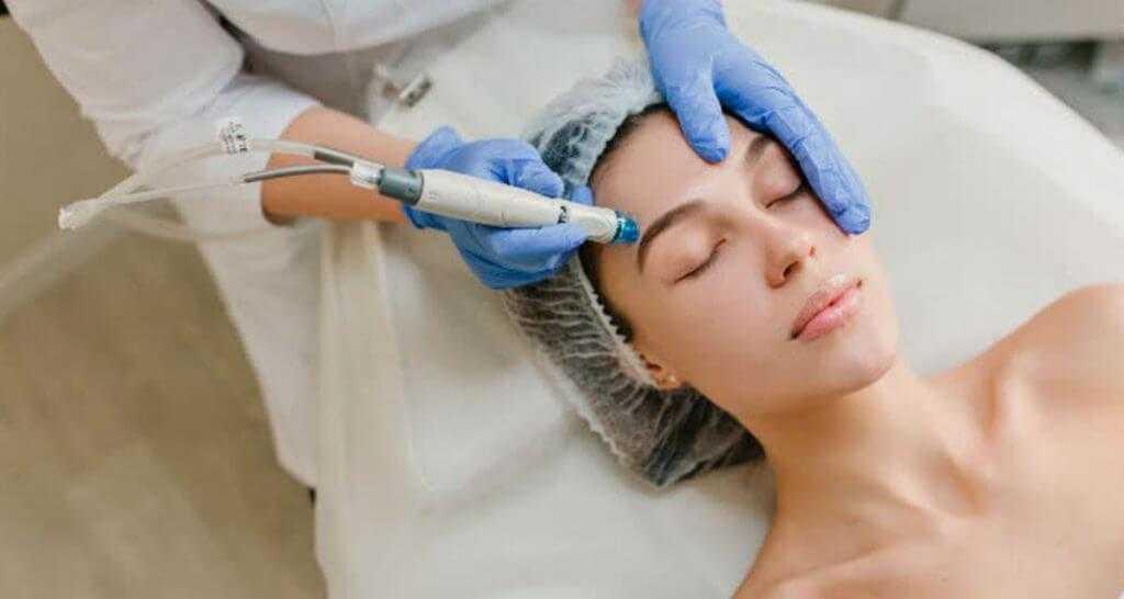Виды процедур для глубокого очищения лица