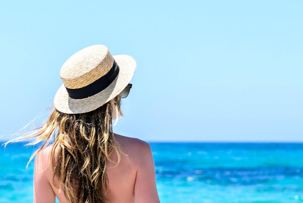 Топ процедуры для лица, которые стоит сделать перед началом летнего сезона | ELLE
