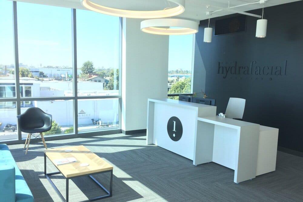 Компания HydraFacial® бьет рекорды продаж