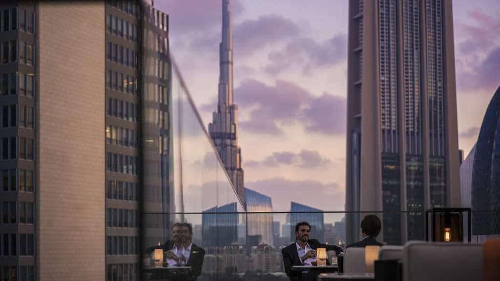 Окунуться в энергию Дубая вместе с Hydrafacial