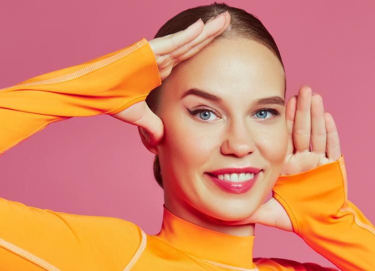 Увлажнение и массаж: как правильно подготовить кожу к холодам | HELLO!